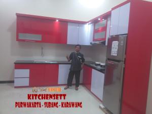 Melayani pesanan pembuatan furniture  Tempat tidur  jempolan di Subang Kecamatan Cikaum
