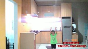 Menerima order pembuatan furniture  Lemari baju  terbaik di Subang Kecamatan Serangpanjang